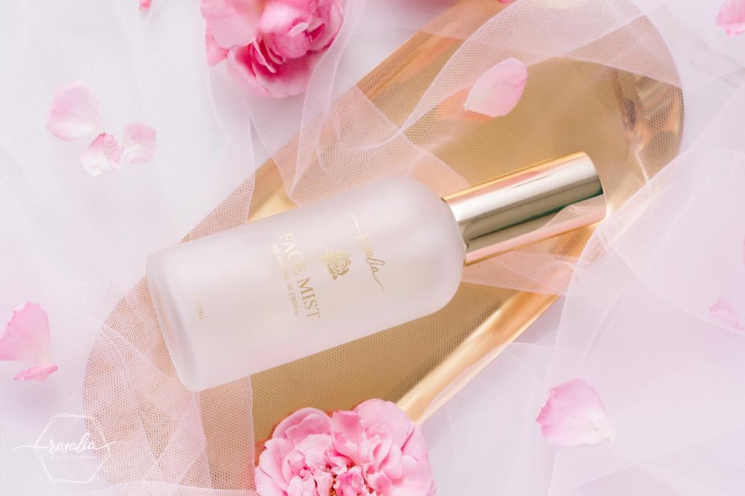 Rosalia xịt khoáng hoa hồng Bảo Hiên