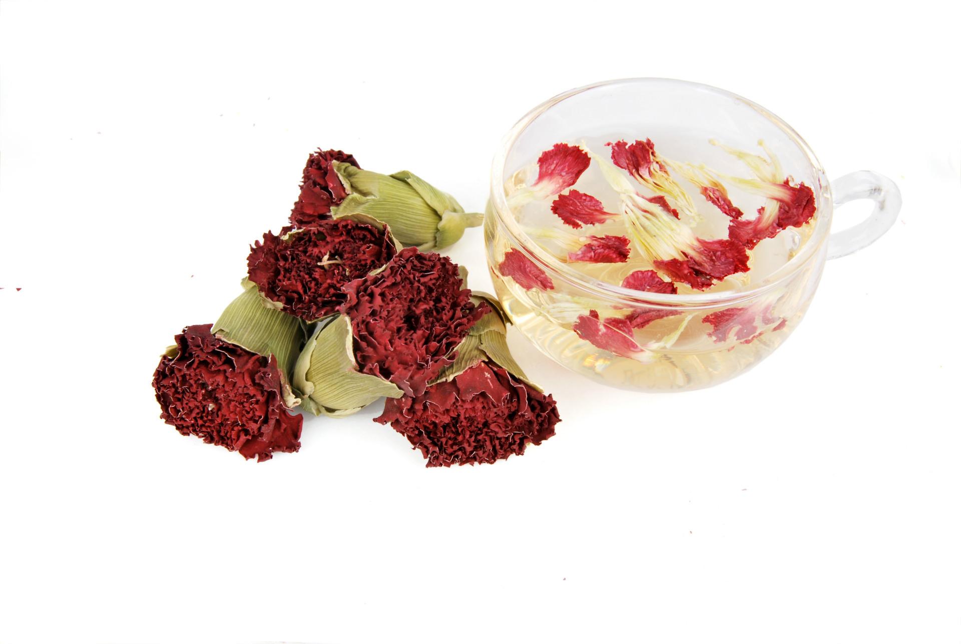 Giữ tinh thần tỉnh táo với trà hoa cẩm chướng kết hợp hoa hồng