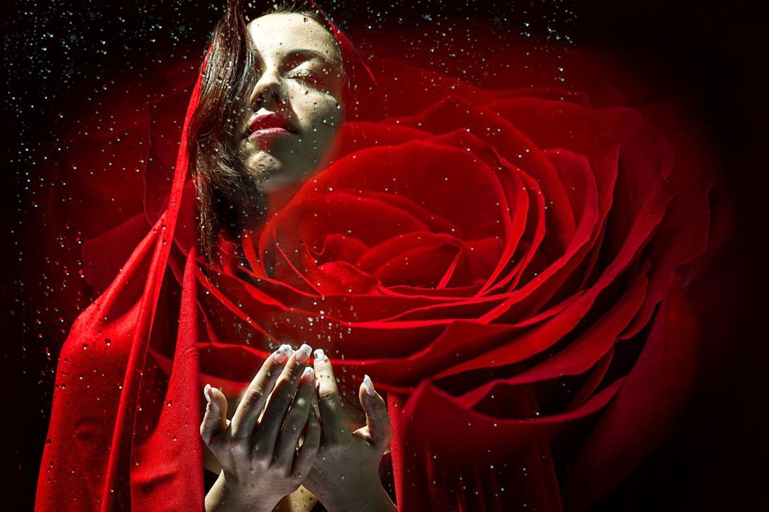 Rosalia by Bảo Hiên: MỸ PHẨM HOA HỒNG LIỆU CÓ PHẢI LÀ TIÊN DƯỢC THẦN KÌ VỐN ĐƯỢC NGƯỜI ĐỜI CA TỤNG?