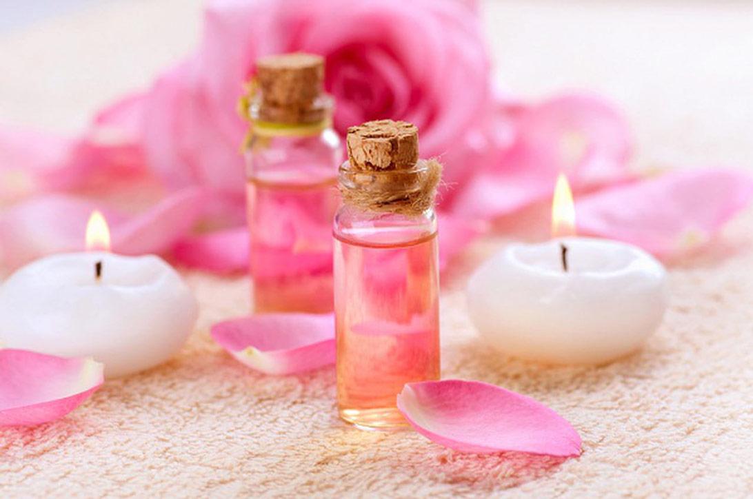 Rosalia by Bảo Hiên: Tác hại của nước hoa hồng nếu dùng sai cách