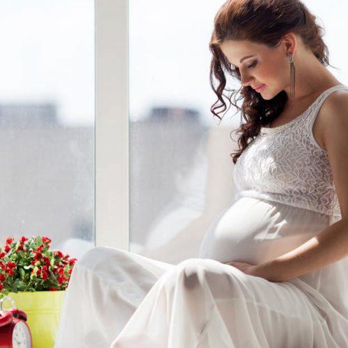 Rosalia by Bảo Hiên - Uống trà hoa hồng có tác dụng gì cho phụ nữ mang bầu