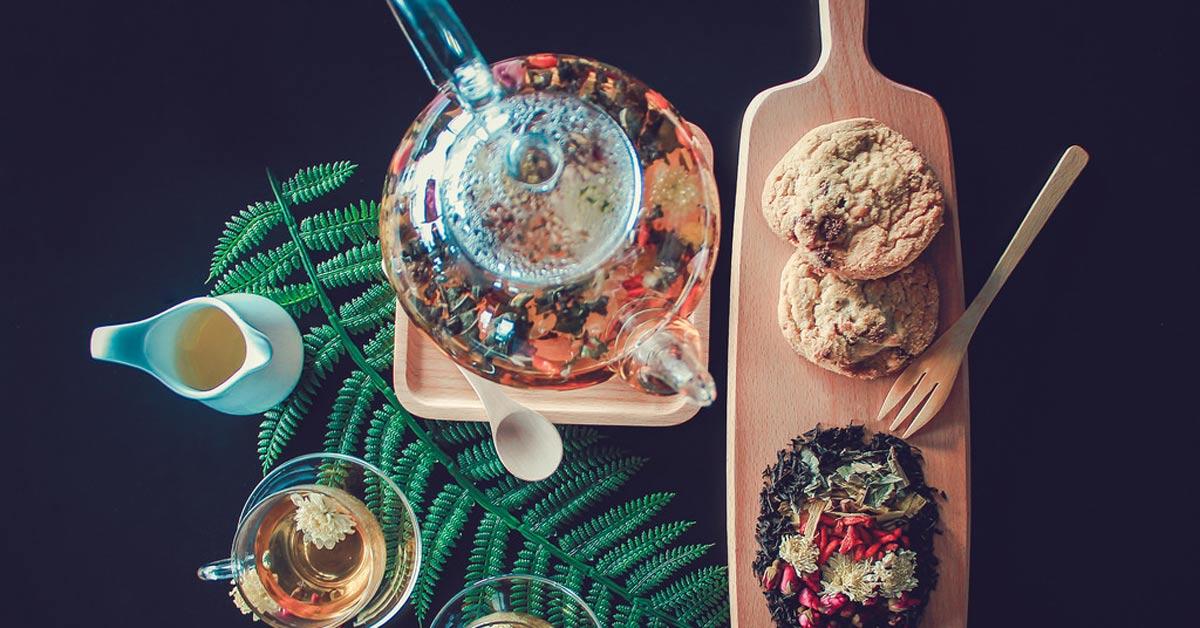 Rosalia by Bảo Hiên - Điểm mặt các tác dụng của trà hoa hồng khi pha cùng các loại dược liệu khác