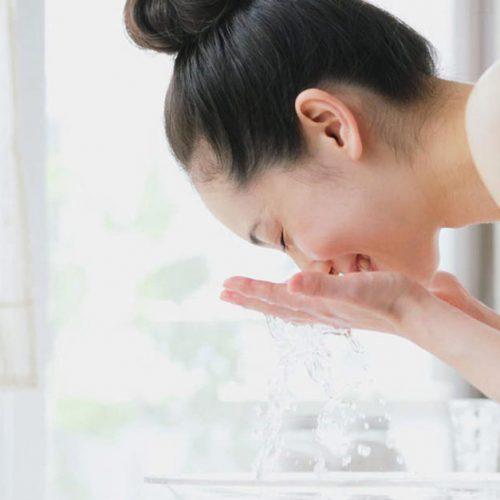 Rosalia by Bảo Hiên - Sử dụng nước hoa hồng đúng cách